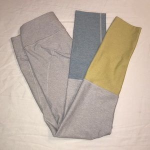 Outdoor Voices blue and yellow dipped 7/8 leggings